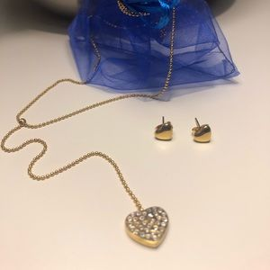 Jewelry - Gold Stainless Steel Necklace